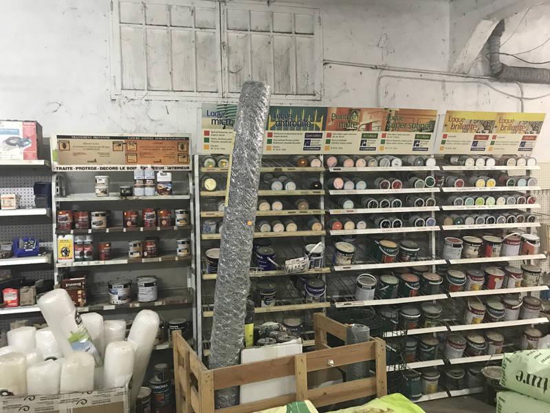 magasin de bricolage à Saint-Jean-du-Gard